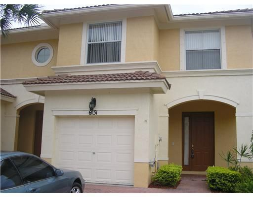 6131 Seminole Gardens Circle , Palm Beach Gardens FL 33418 is listed for sale as MLS Listing RX-10457351 11 photos