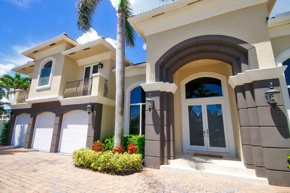 3020 Jasmine Terrace  Delray Beach, FL 33483