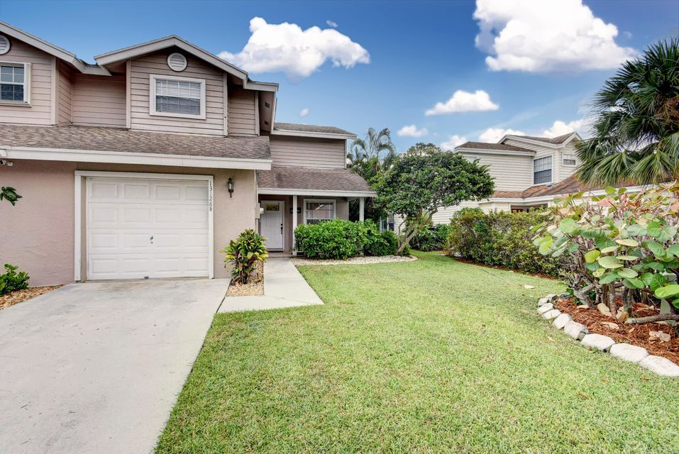 13128 Quiet Woods Road #B Wellington, FL 33414