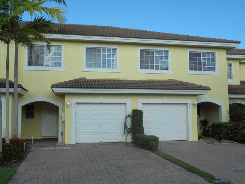 705 Imperial Lake Road  West Palm Beach, FL 33413