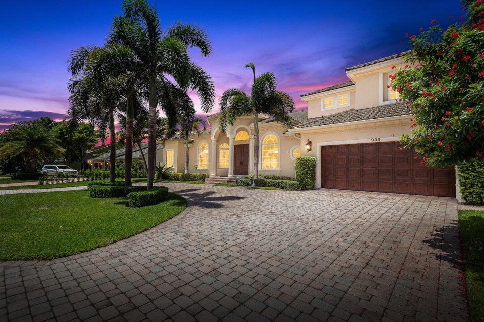 939 Evergreen Drive  Delray Beach, FL 33483