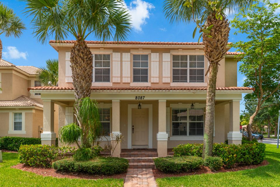 Montecito homes for sale in Palm Beach Gardens FL
