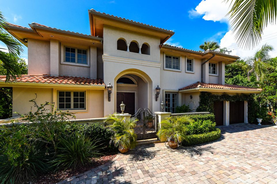272 Country Club Road , Palm Beach FL 33480 is listed for sale as MLS Listing RX-3326142 14 photos