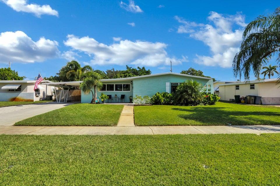 753 Flamingo Way  North Palm Beach FL 33408