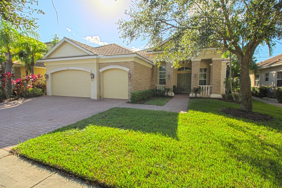 Home for sale in Greenwood Manor/diamond C Ranch Royal Palm Beach Florida