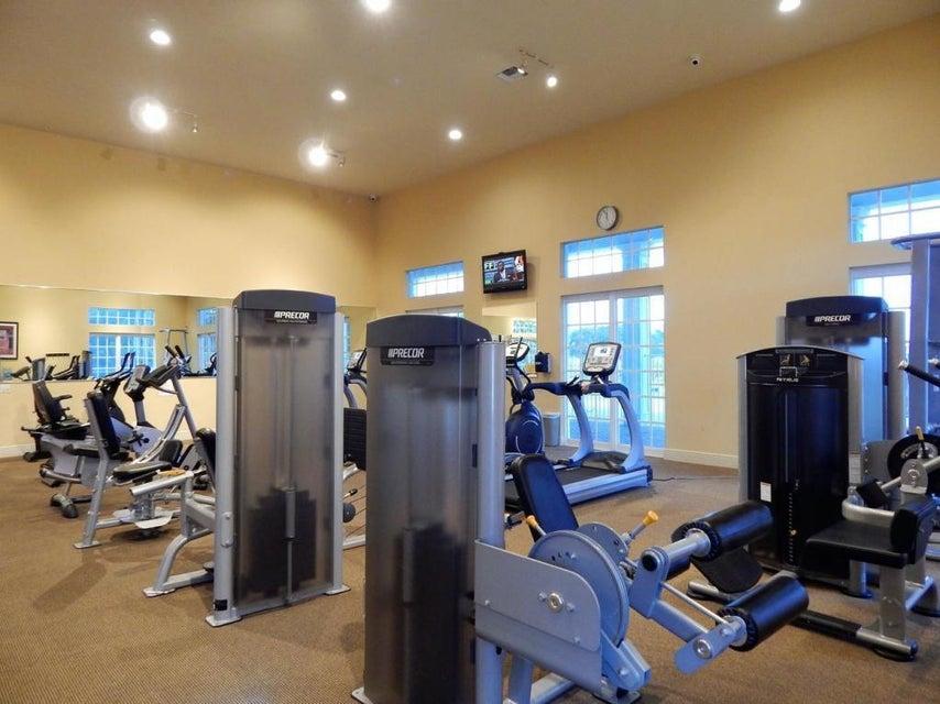 8245 Butler Greenwood Drive Royal Palm Beach, FL 33411 photo 11