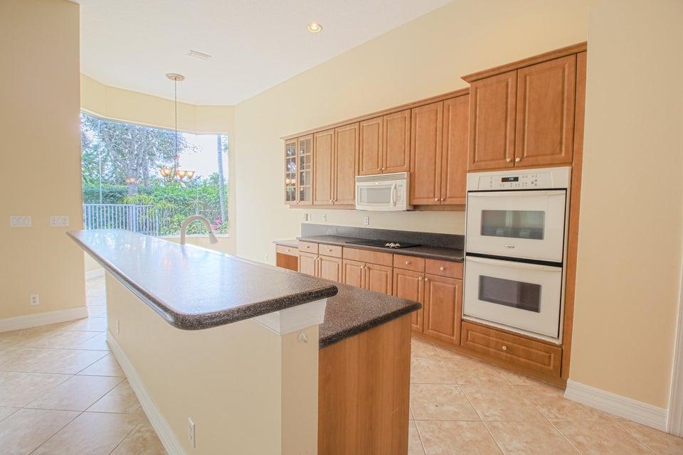 8245 Butler Greenwood Drive Royal Palm Beach, FL 33411 photo 16