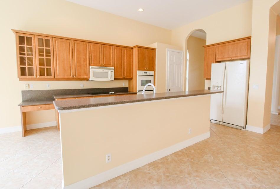8245 Butler Greenwood Drive Royal Palm Beach, FL 33411 photo 20