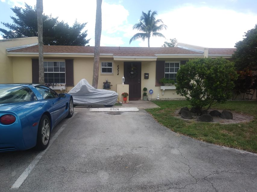 Home for sale in PALM AIRE VILLAGE 1 Fort Lauderdale Florida