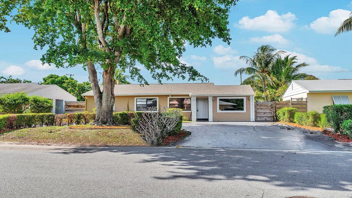 924 Macy Street  West Palm Beach, FL 33405