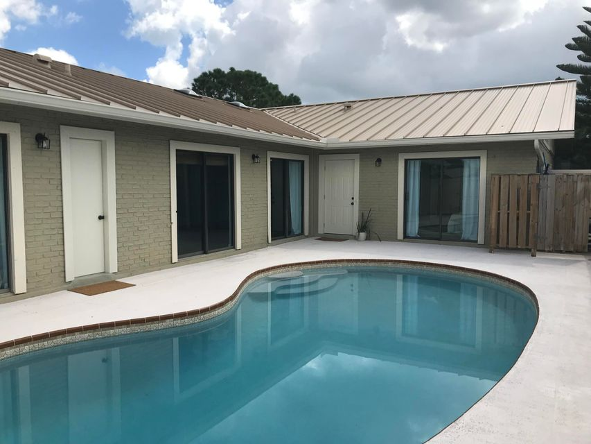 5540 Golden Eagle Circle , Palm Beach Gardens FL 33418 is listed for sale as MLS Listing RX-10458045 20 photos