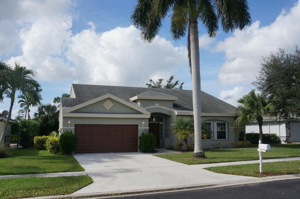 1125 Wild Cherry Lane  Wellington, FL 33414