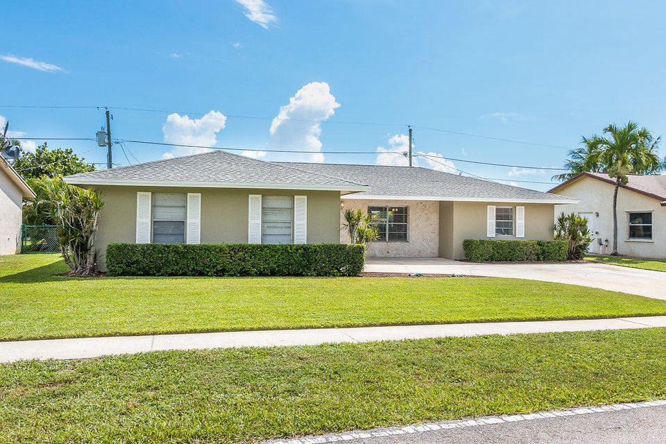 Home for sale in MADDOCK ADDITION PLAT 2 Lantana Florida