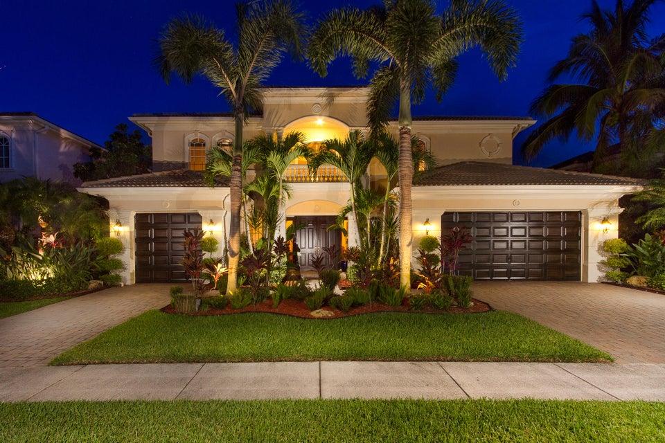 533 Edgebrook Lane West Palm Beach, FL 33411