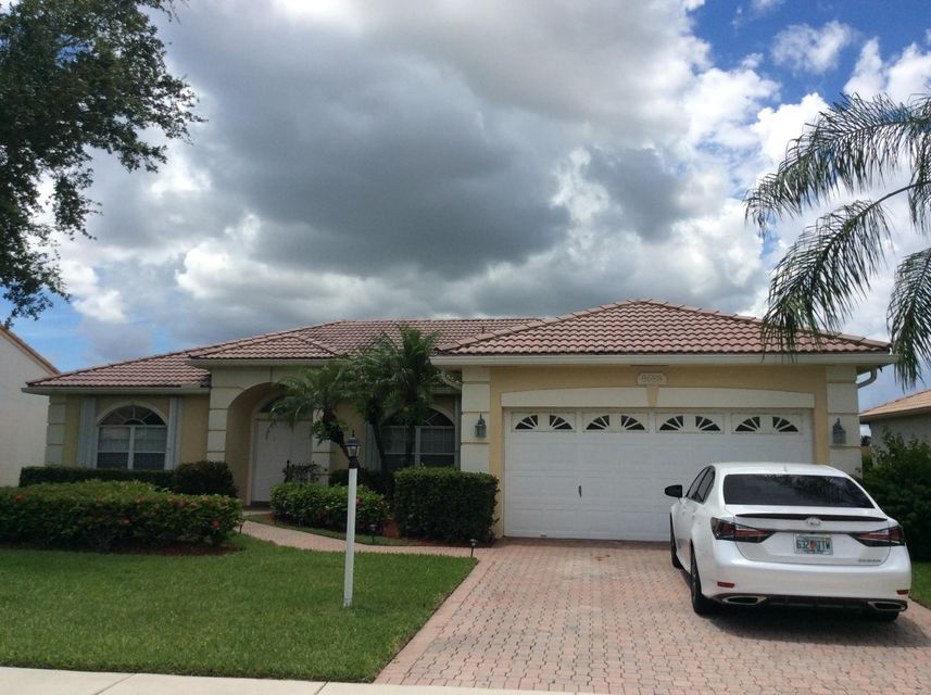 8688 Grassy Isle Trail Lake Worth, FL 33467