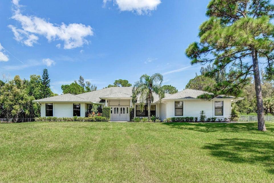 Home for sale in Palm Beach Country Estaes Palm Beach Gardens Florida