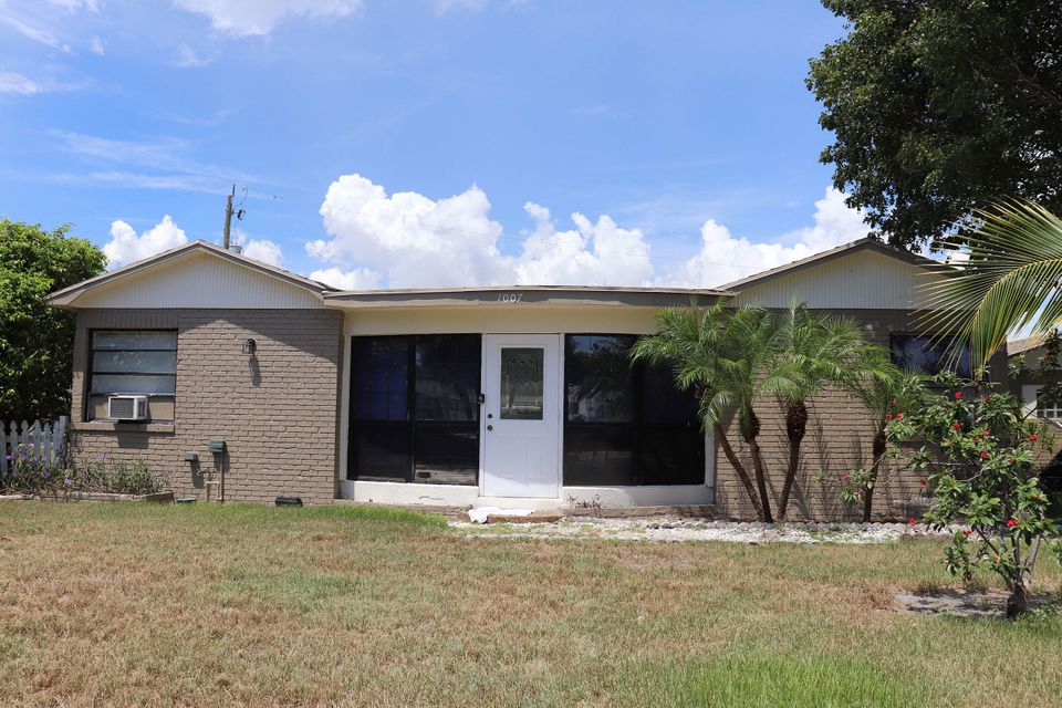 1007  Se 3rd Street, Boynton Beach in Palm Beach County, FL 33426 Home for Sale
