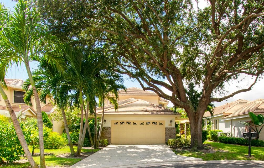 4670 Sherwood Forest Drive  Delray Beach, FL 33445