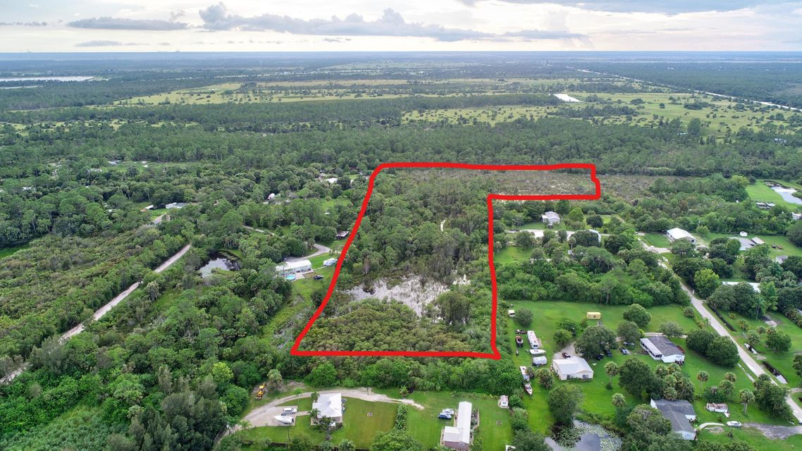 000 SW 40th Terrace , Palm City FL 34990 is listed for sale as MLS Listing RX-10458911 28 photos