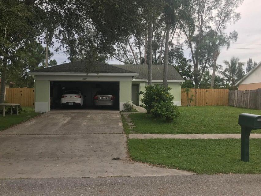 10947 Dalmany Way Royal Palm Beach, FL 33411