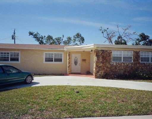 Home for sale in LANTANA HEIGHTS Lantana Florida