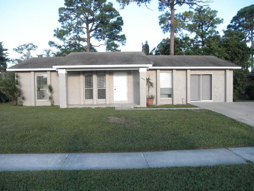 1035 Cameo Circle West Palm Beach, FL 33417