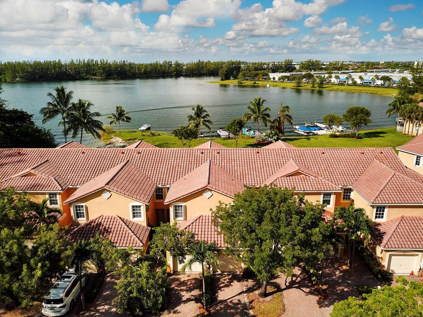 Home for sale in San Briana Deerfield Beach Florida