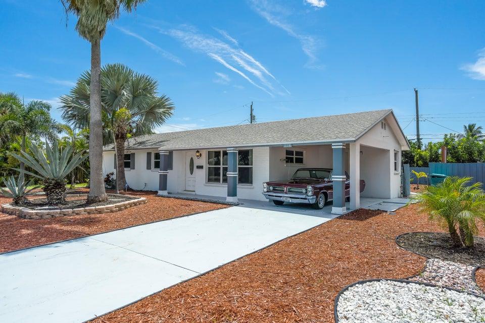 118 SW 10th Avenue, Boynton Beach in Palm Beach County, FL 33435 Home for Sale