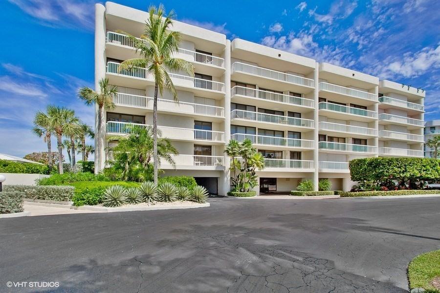3300 S Ocean Boulevard 404s  Palm Beach FL 33480