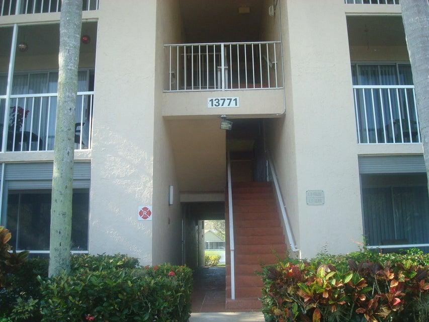Pine Ridge At Delray Beach Condo 13771 Oneida Drive