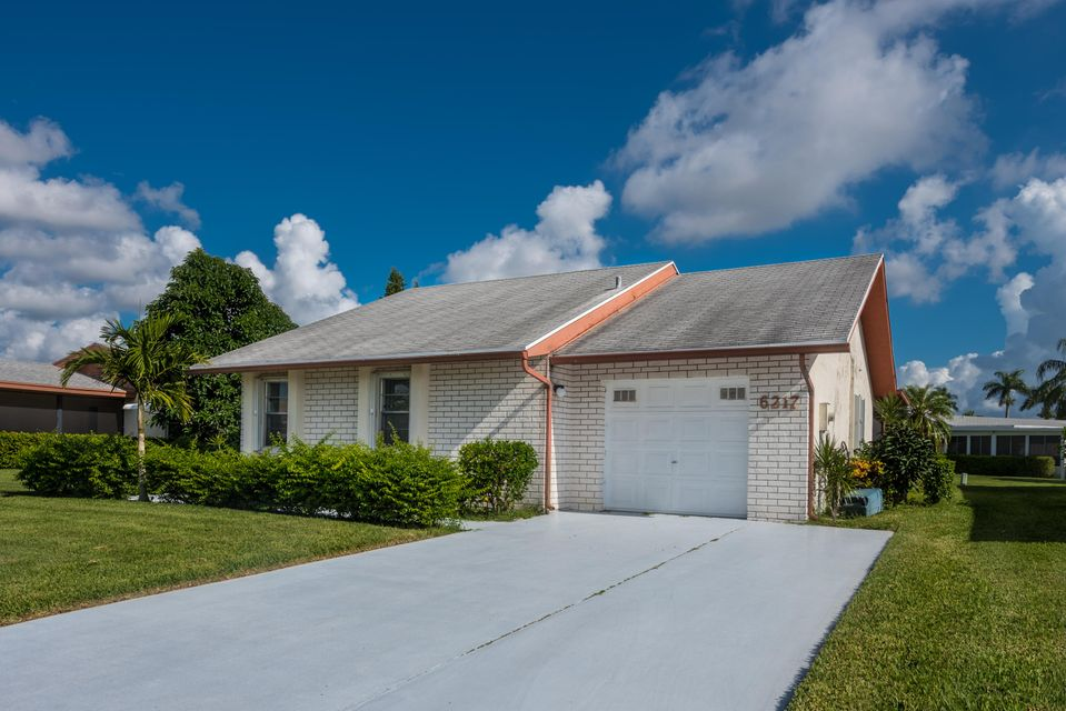 Home for sale in DELRAY VILLAS Delray Beach Florida