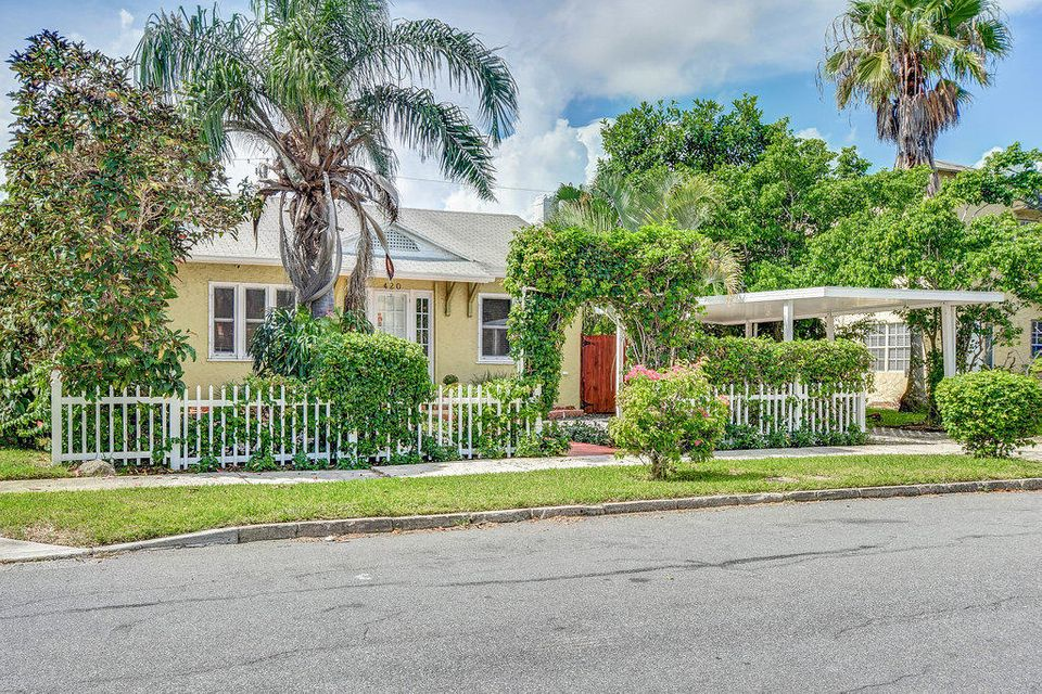 Home for sale in VISTA ENCANTO ADD West Palm Beach Florida