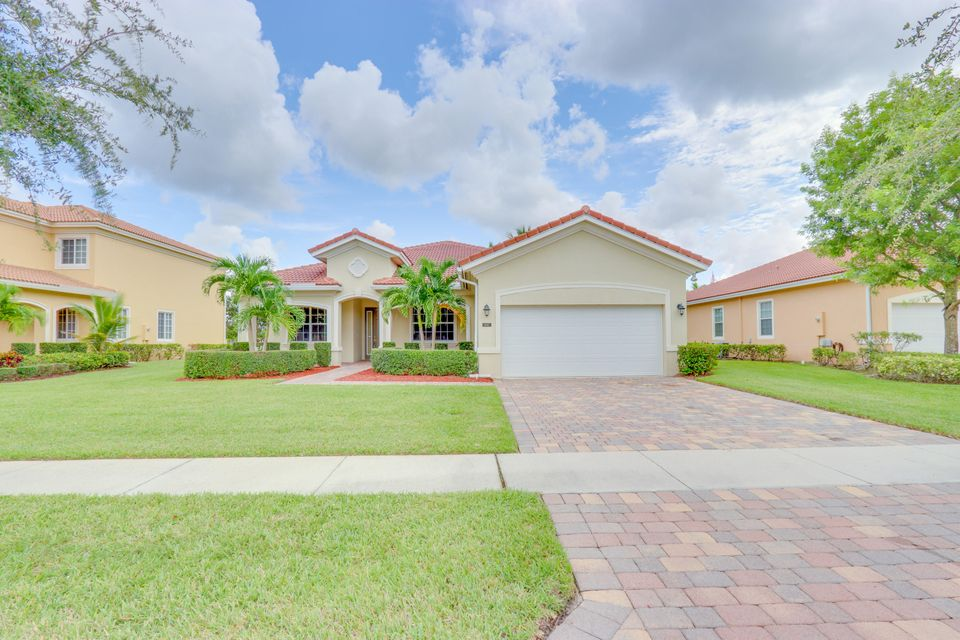 6867 Osage Circle , Greenacres FL 33413 is listed for sale as MLS Listing RX-10460130 51 photos