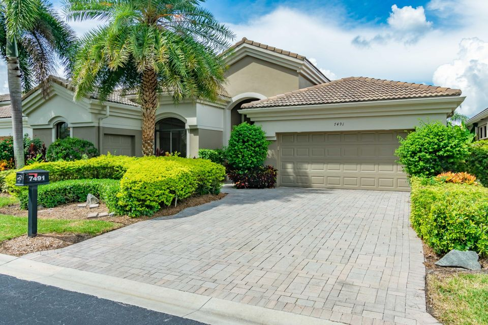 7491 Blue Heron Way  West Palm Beach FL 33412