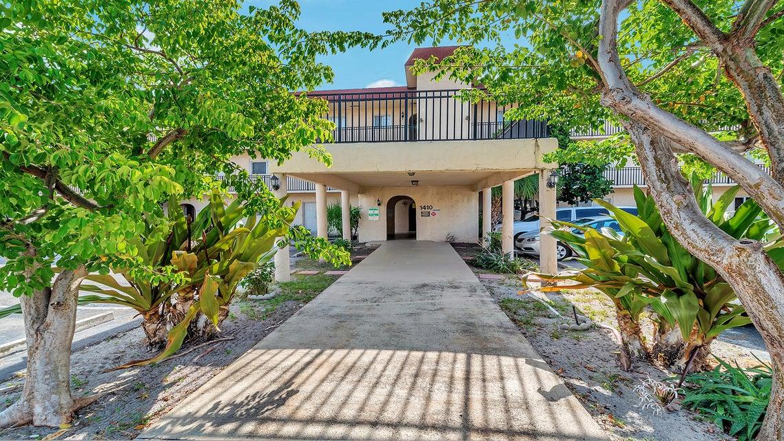 Home for sale in EL CASTELAY CONDO Lake Worth Florida