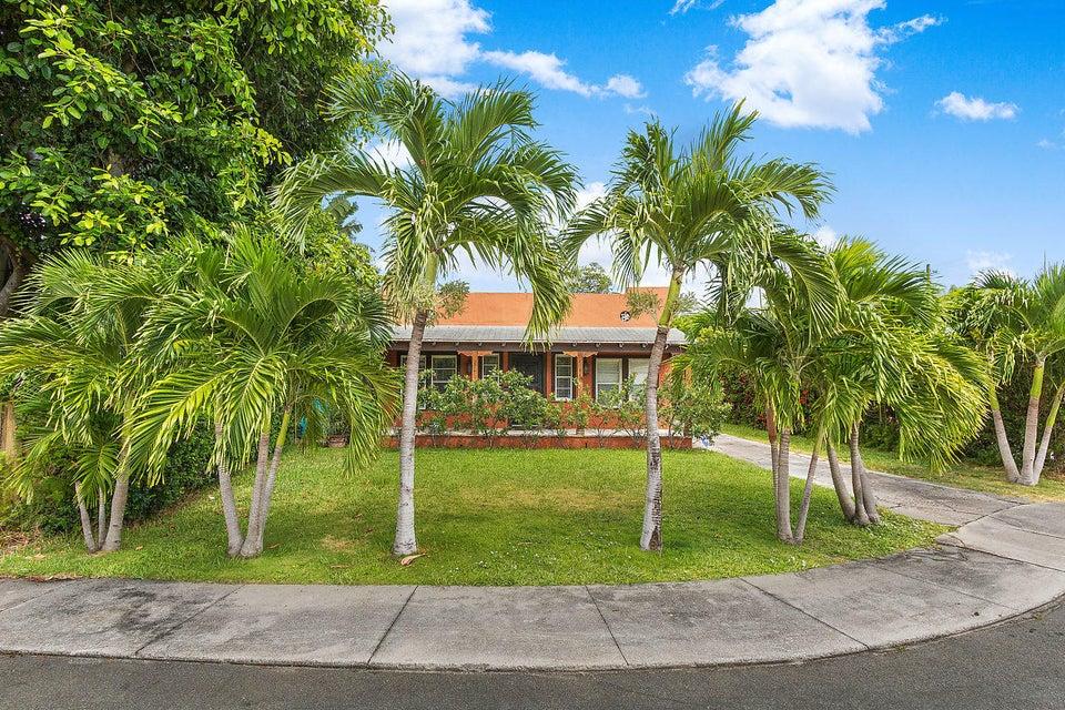 3212 Alton Road West Palm Beach, FL 33405