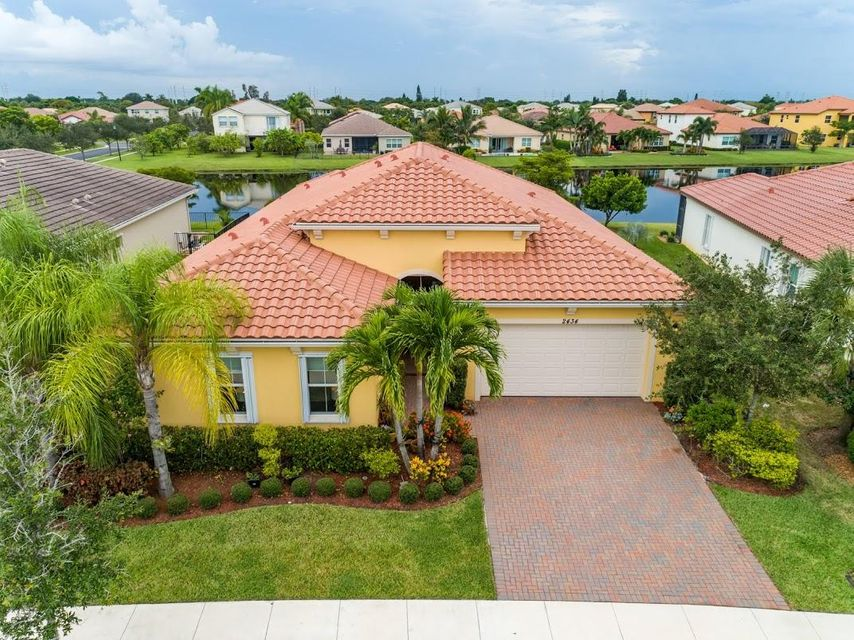 2434 Bellarosa Circle Royal Palm Beach, FL 33411