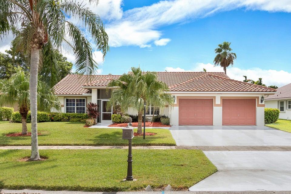 5742 Aspen Ridge Circle  Delray Beach, FL 33484