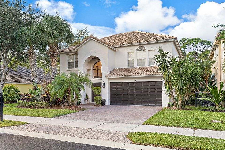 208 Lone Pine Drive , Palm Beach Gardens FL 33410 is listed for sale as MLS Listing RX-10460818 34 photos