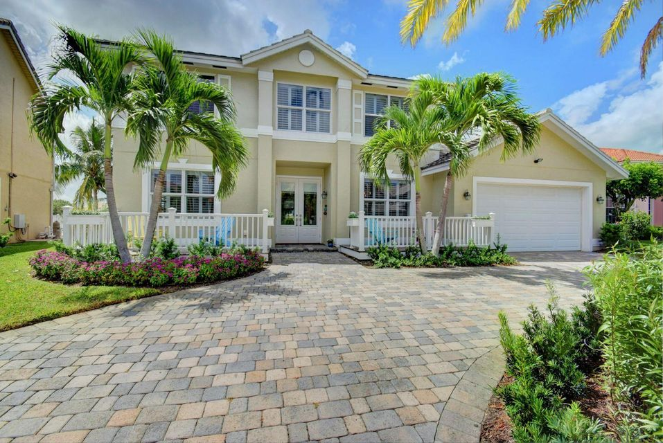 Home for sale in LAKE CHARLESTON PAR K Lake Worth Florida