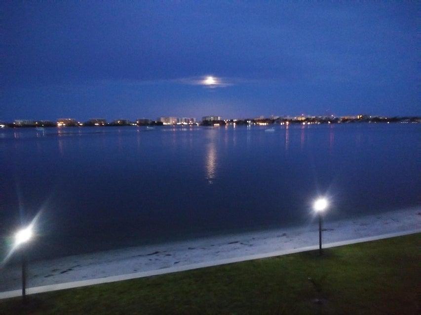 1432 S Lakeside Drive 10 Lake Worth, FL 33460 photo 22