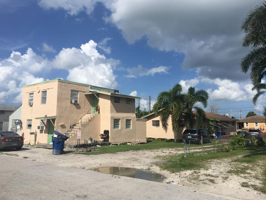 Home for sale in WATTS SUB Belle Glade Florida