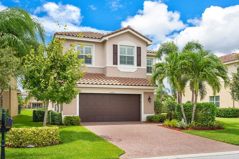10563 Cape Delabra Court  Boynton Beach, FL 33473