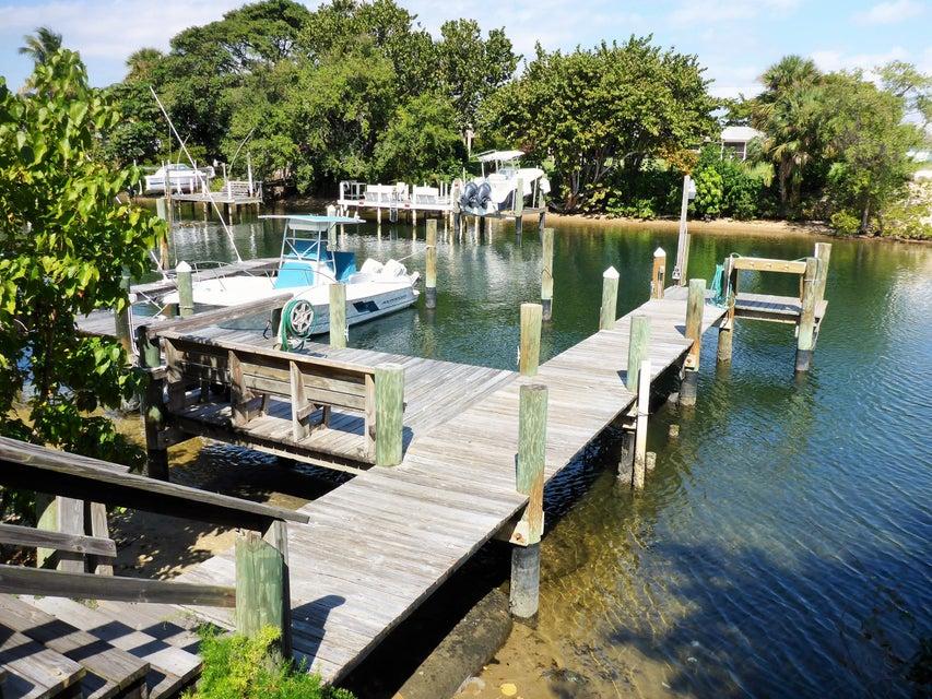 312 Southwind Drive 104  North Palm Beach FL 33408