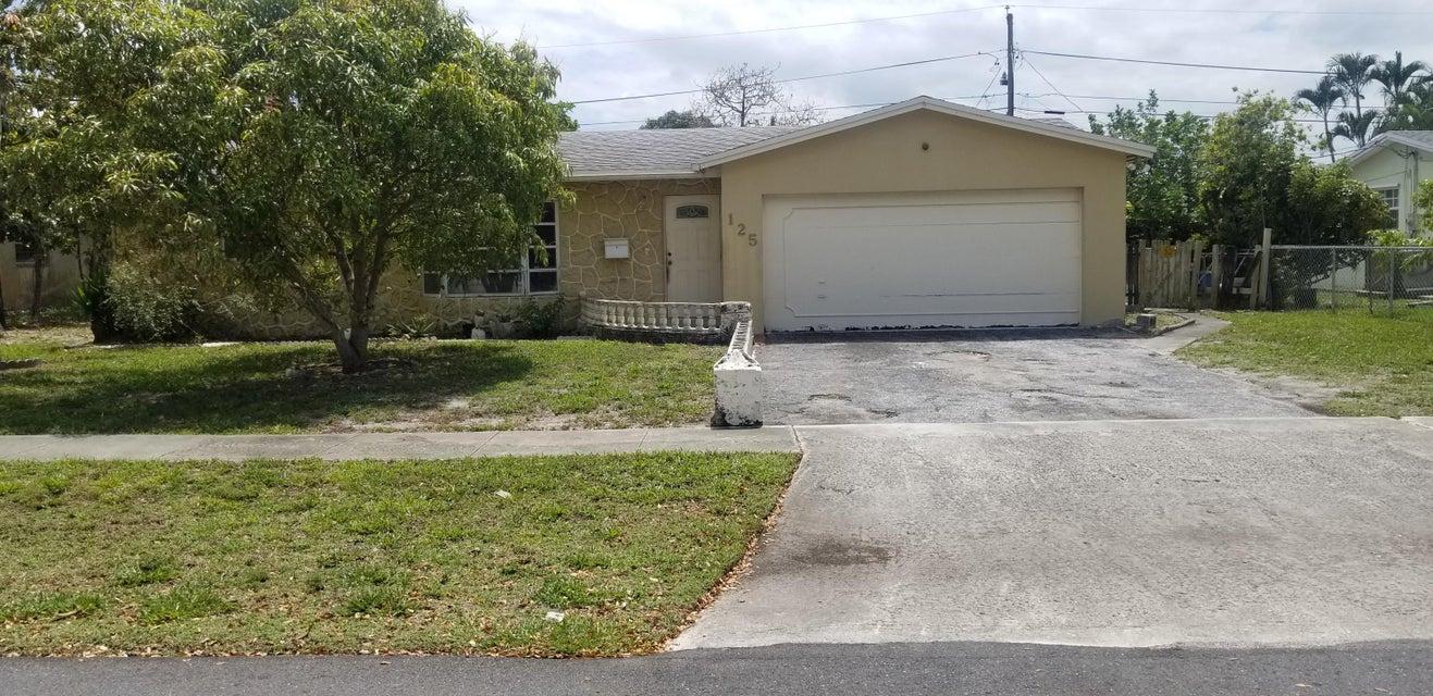 125 N Chillingworth Drive West Palm Beach, FL 33409