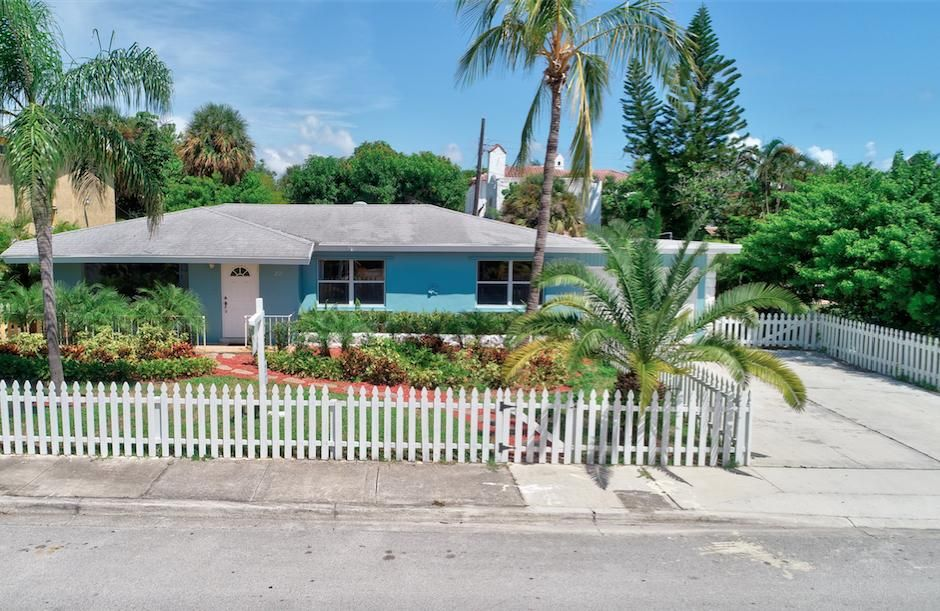 Home for sale in SOUTH PALM PARK IN Lake Worth Florida