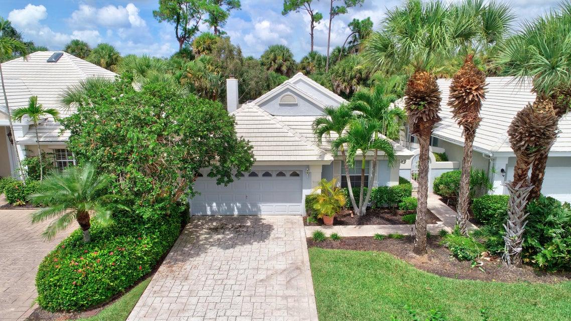 9111 Baybury Lane West Palm Beach, FL 33411