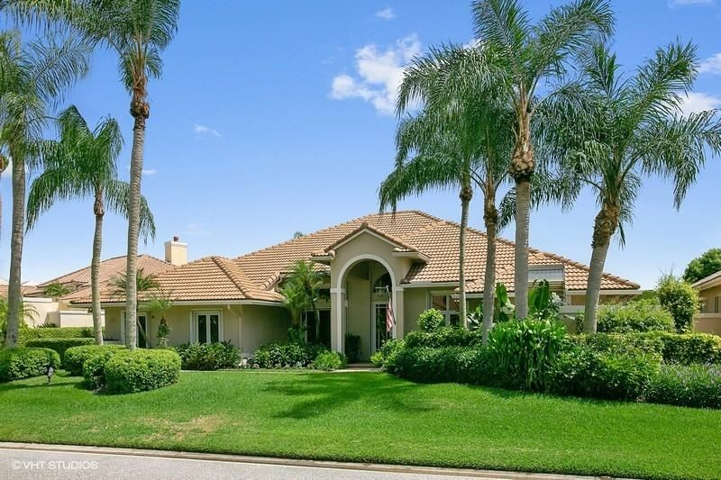 63 Cayman Place , Palm Beach Gardens FL 33418 is listed for sale as MLS Listing RX-10461122 22 photos