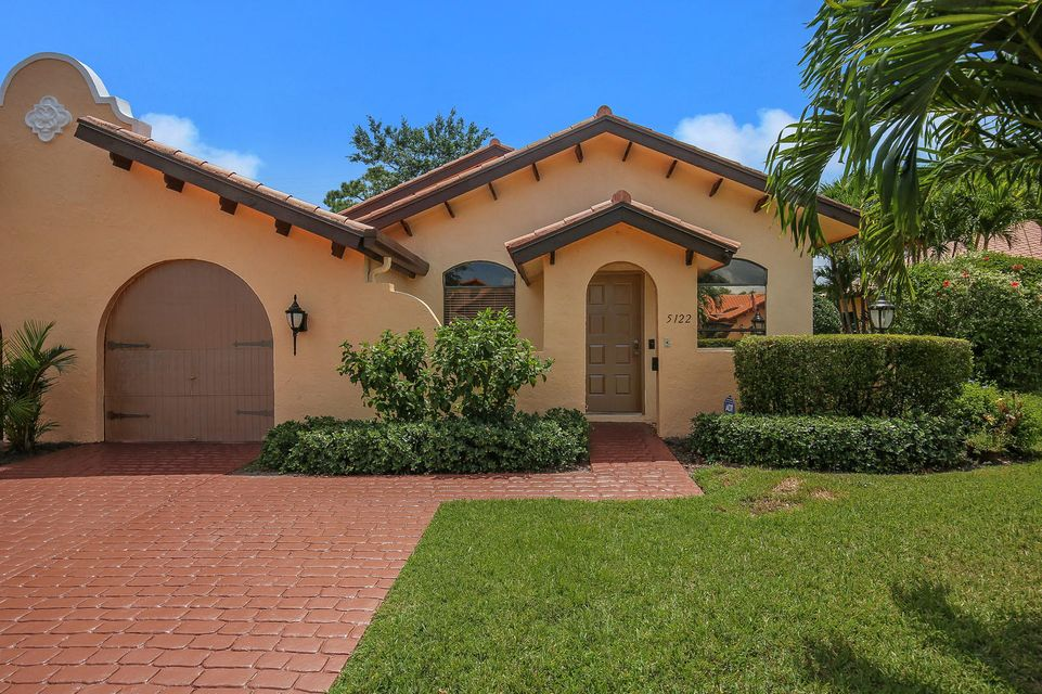 Home for sale in Casa Del Rey Delray Beach Florida