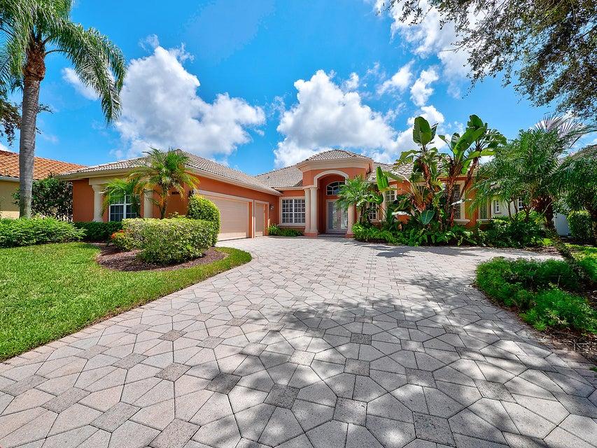 8834 Lakes Boulevard West Palm Beach, FL 33412 photo 2